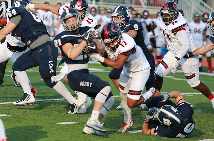 Football: Berry outlasts Panthers for 28-14 win