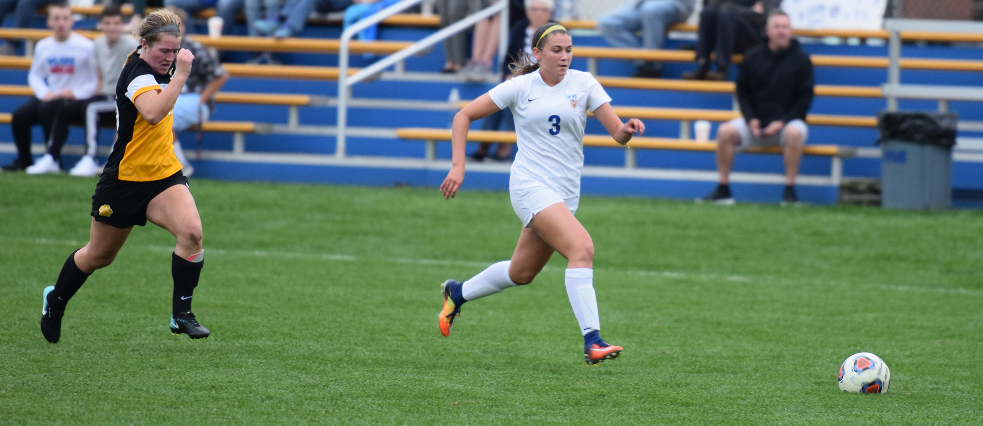 Freshman Morgan Smith scored her team-leading third goal of the season in Wednesday's 2-0 victory over Wentworth.
