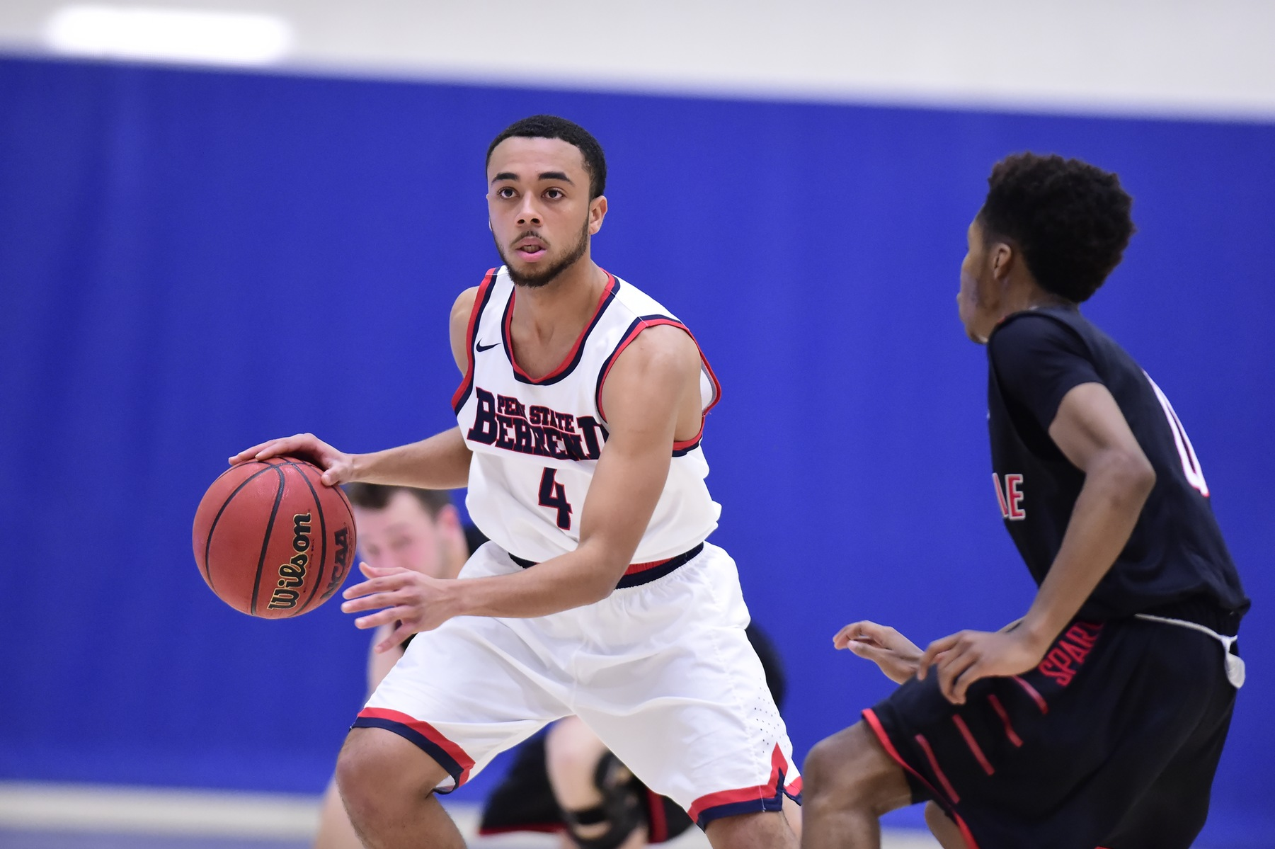 Men's Basketball Undefeated AMCC Record Ends