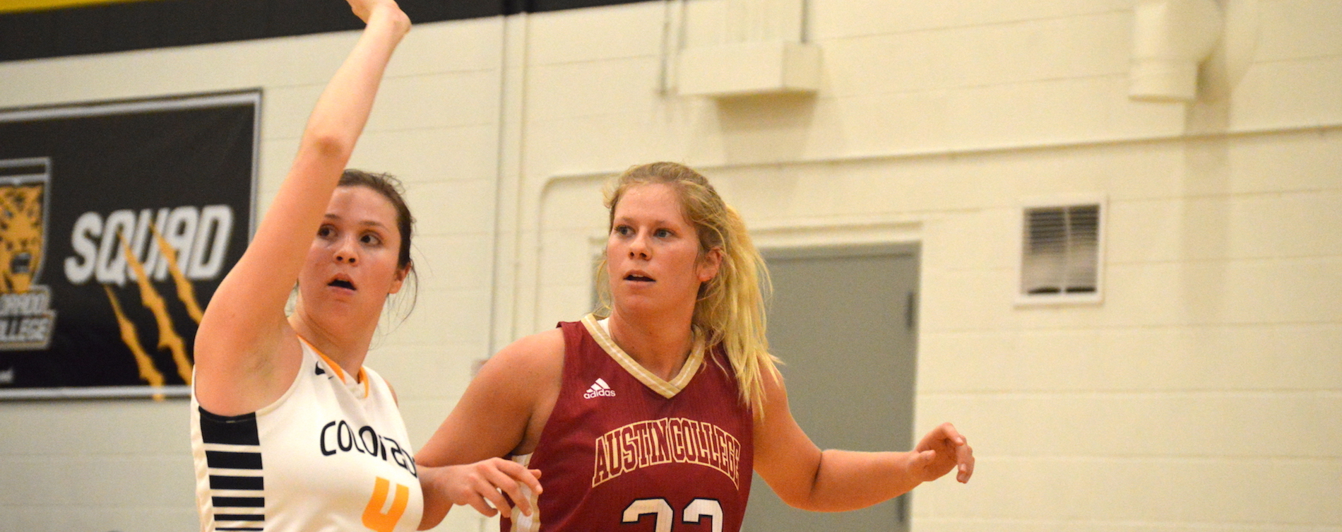 Women's Hoops Picks Up Road Victory