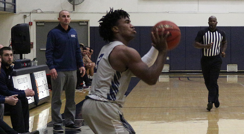 Sophomore Tyree Winborn poured in 31 points off the bench for the Owls in their win over LA Pierce. Photo By: Brianna Jara