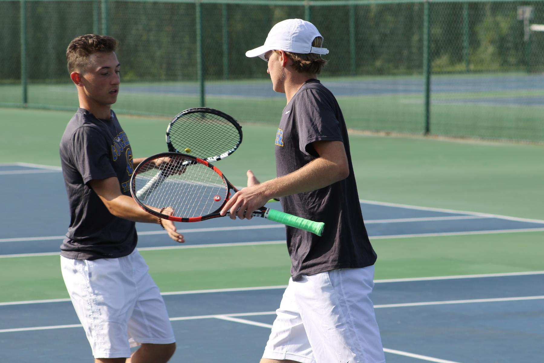 Men's Tennis Stays Undefeated at Home