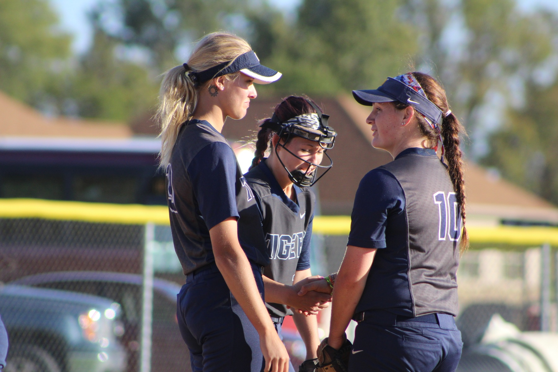The MCC softball team split a pair of games in Clermont, FL on Friday