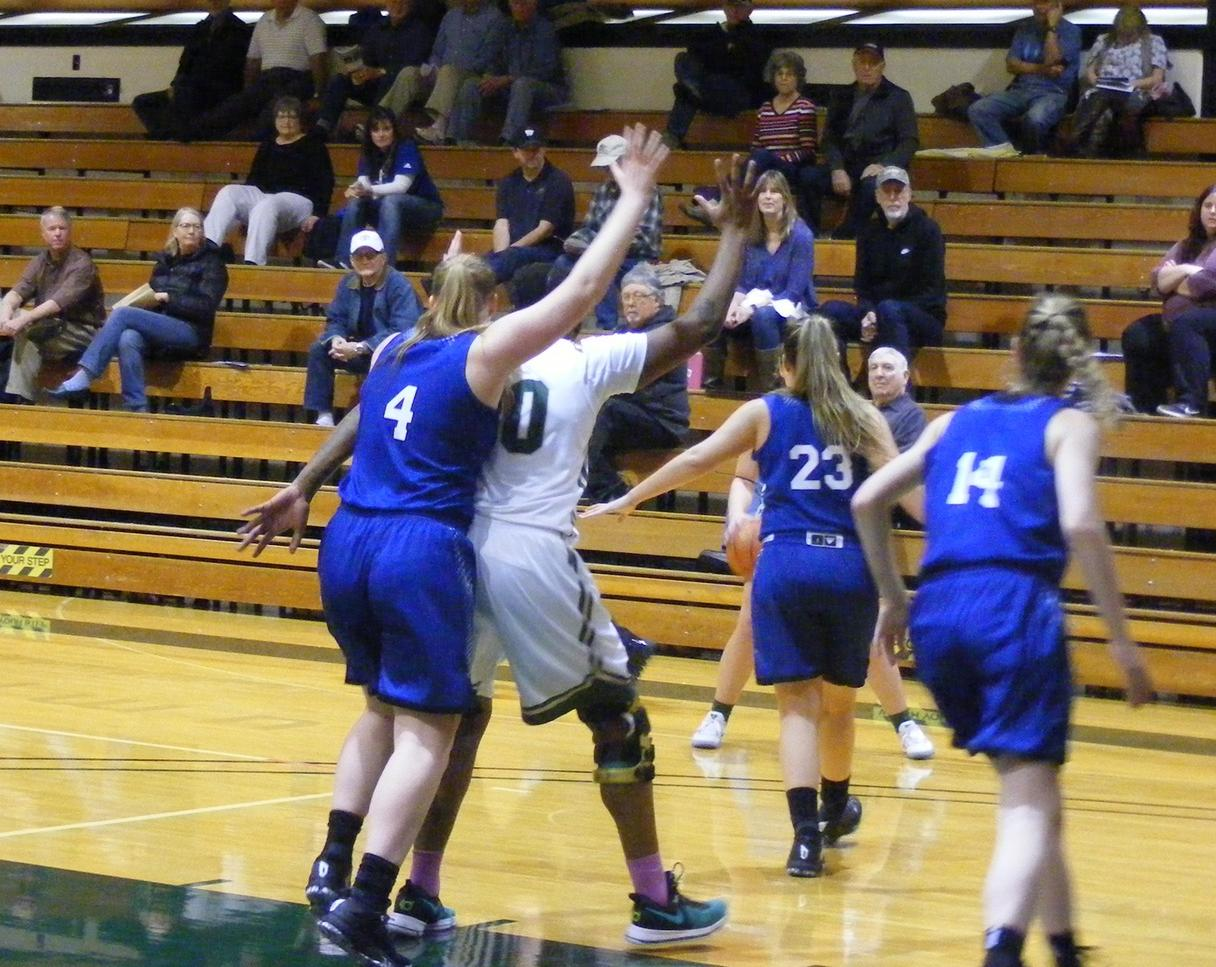 RiverHawk Women Cruise to Road Win