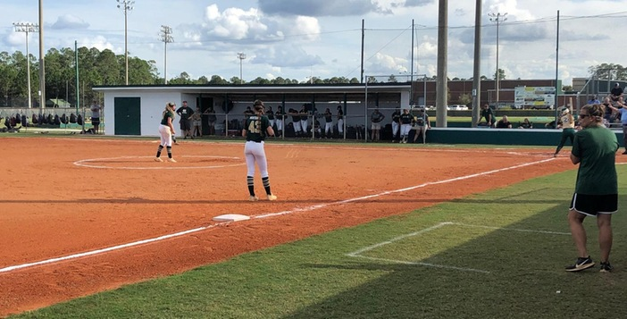 Lady Gators Split with Ola. Game Three Today at 5:00