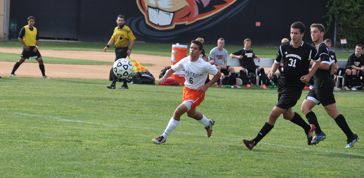 Caltech Falls in Overtime Thriller to CLU
