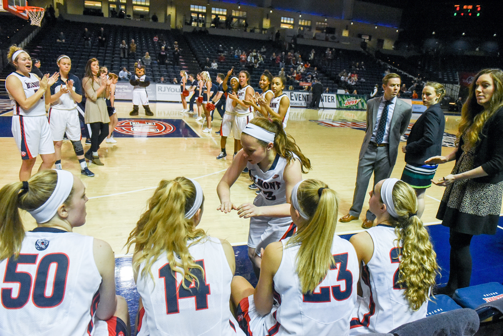 Women's Basketball Returns Home Wednesday