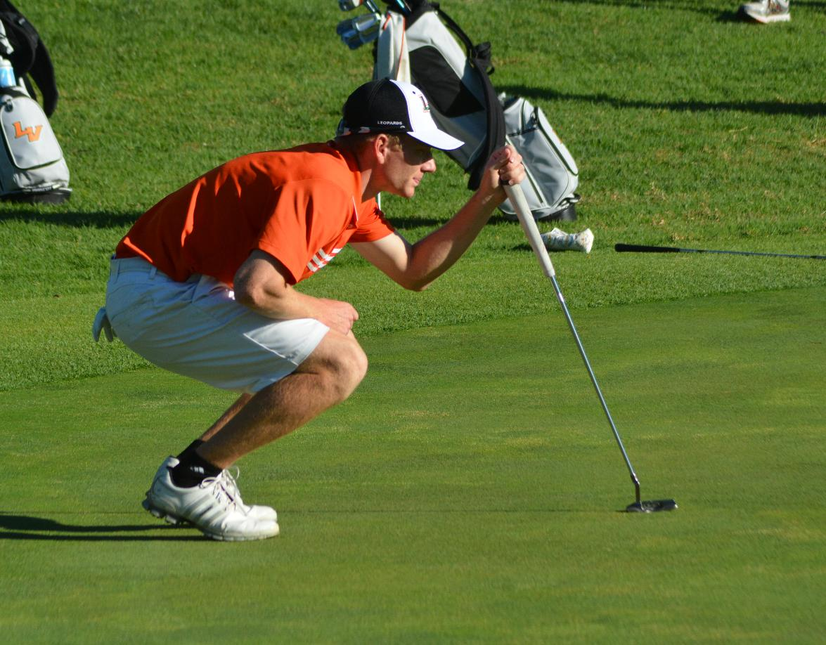 Scharmann ties for first, Men's Golf fourth at SCIAC 1
