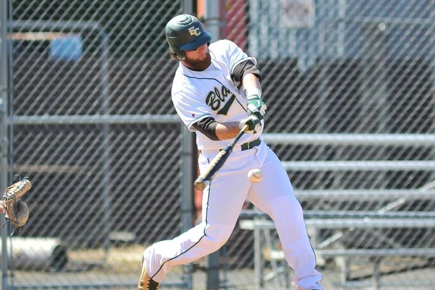 Baseball Outlasts Southern Vermont