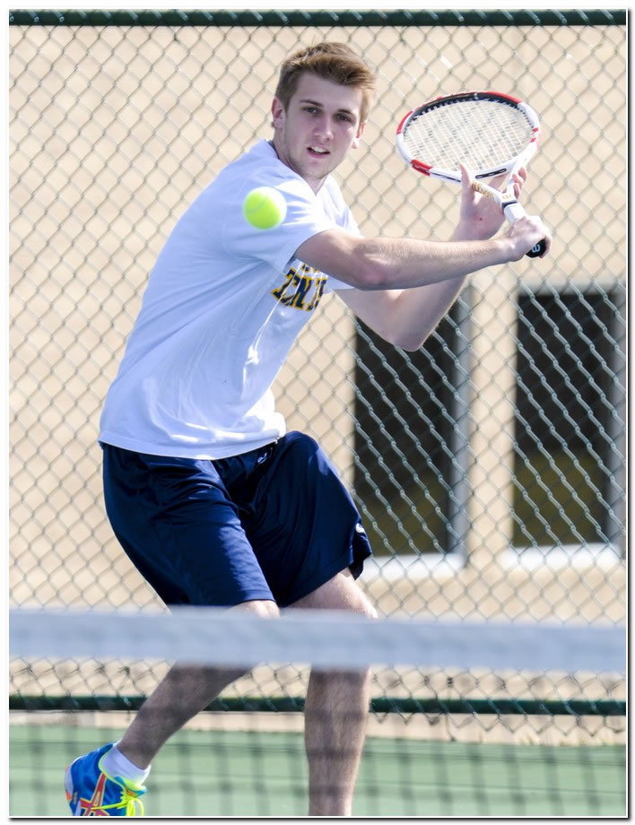 Mount men's tennis team suffers home HCAC loss to Manchester University