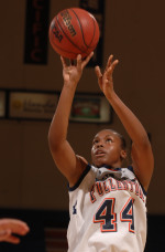Titan Forward Toni Thomas Named Big West Conference Freshman of the Year
