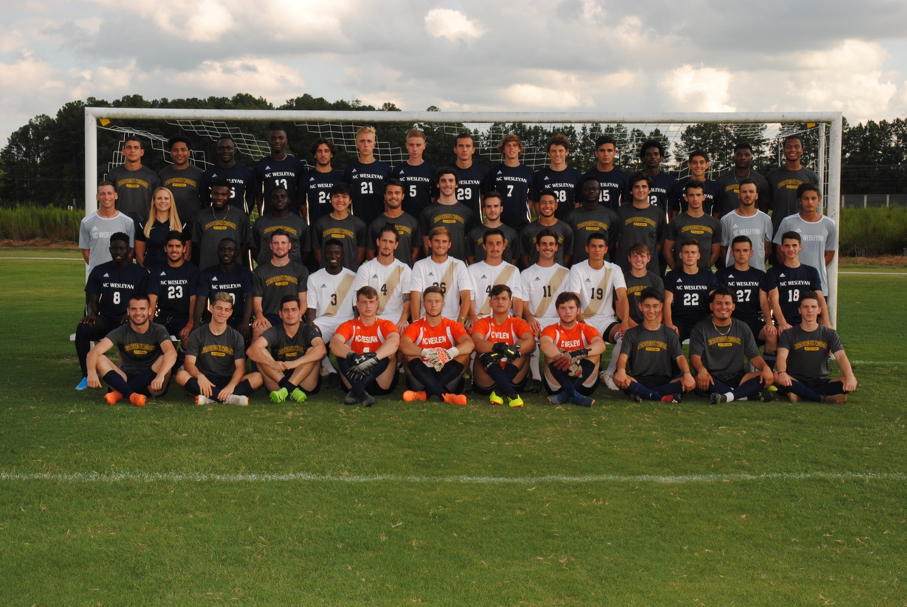 Men's Soccer Edge Methodist 2-1 to win East