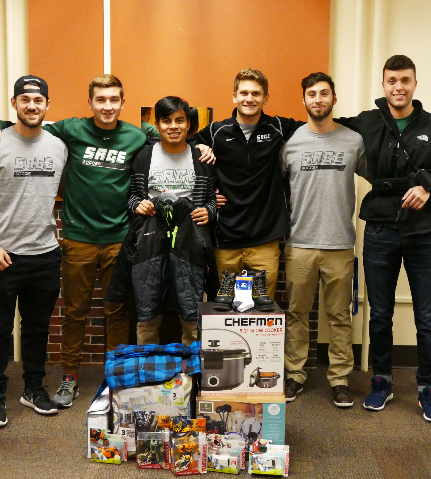 Sage Men's Soccer Adopts Local Family for the Holidays