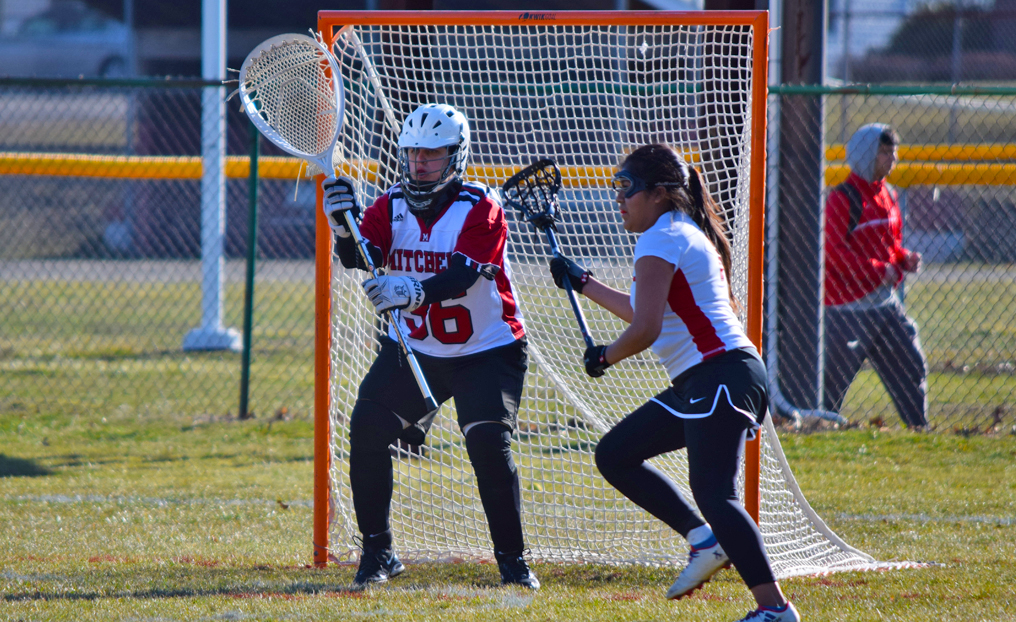 Women's LAX Powers to 19-3 Win Over Newbury