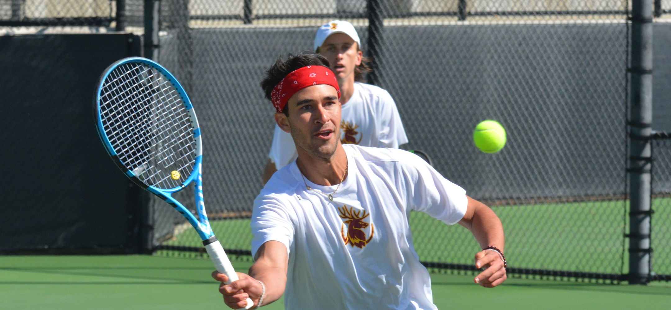 Juniors Jake Berber (CMC) and Jake Williams (HMC) clinched the doubles point with their 7-5 win at No. 3 doubles against Division II Western New Mexico on Tuesday.
