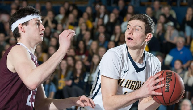 Blugolds open Holiday Classic with win over Northwestern