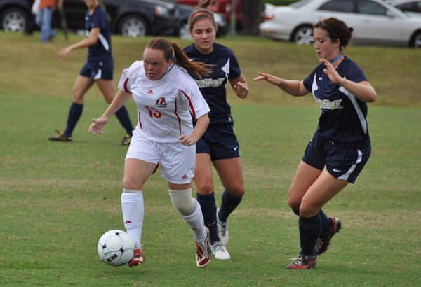 Women's Soccer: Berry rolls over Panthers 12-0