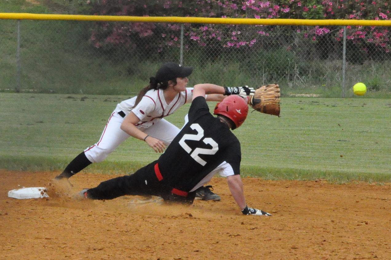 Softball: Gravett, Patterson pitch Panthers past Judson, 6-2 and 8-0