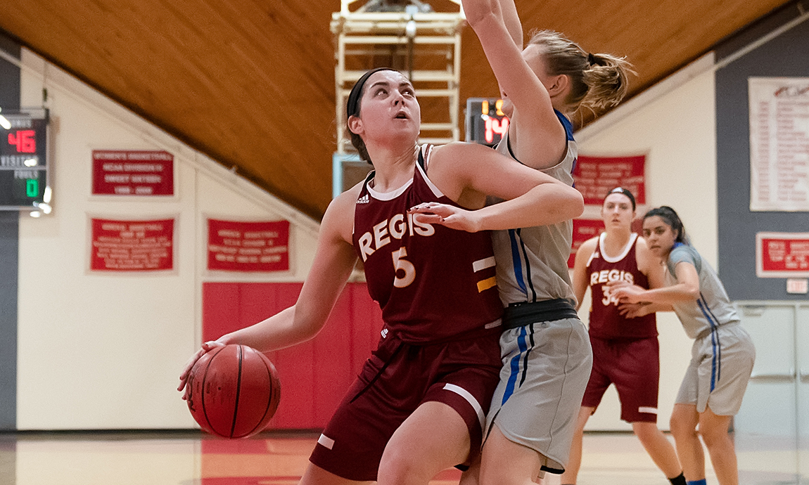Regis Unable to Get Offense Going in Loss at Anna Maria