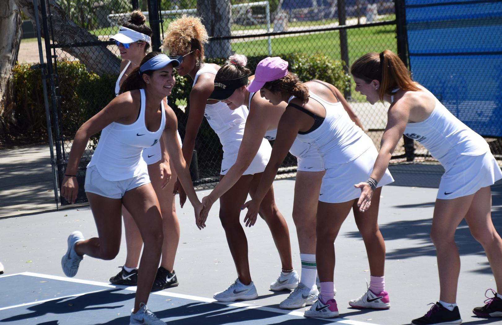 Women's tennis player Halla Alajeely makes semis at Ojai
