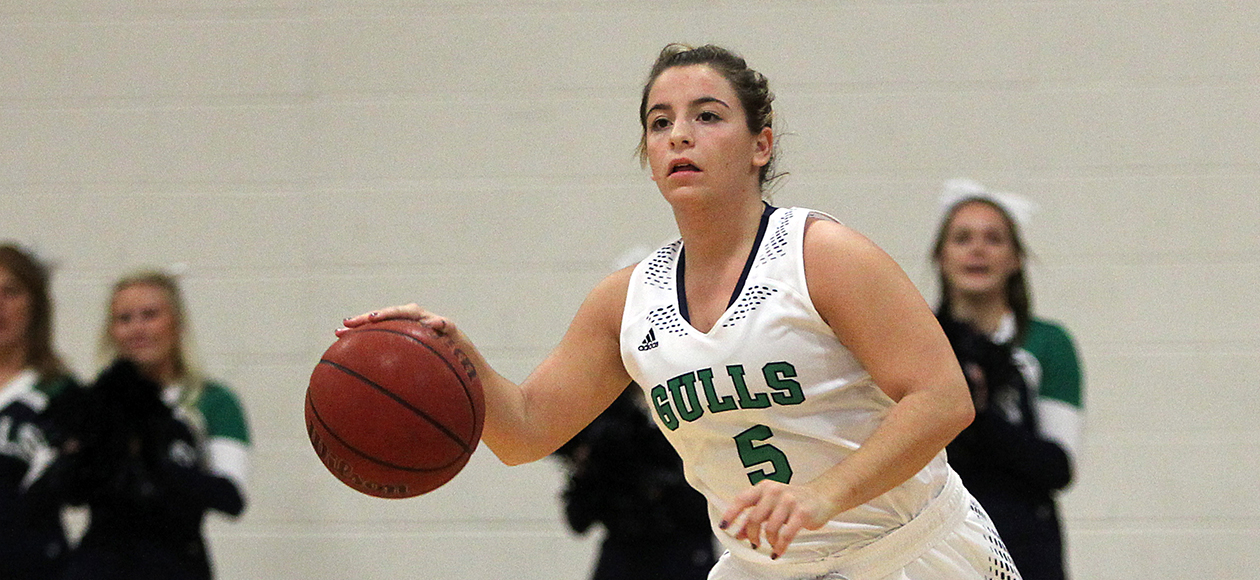 Strong Fourth Quarter Powers MIT Past Gulls, 62-49, In Non-Conference Action