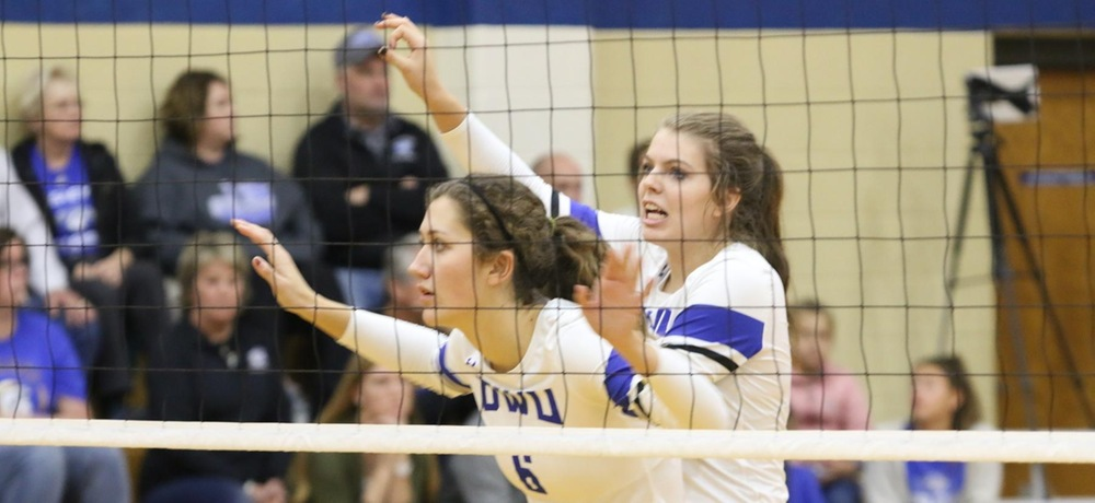 Volleyball handles Lancers in straight sets