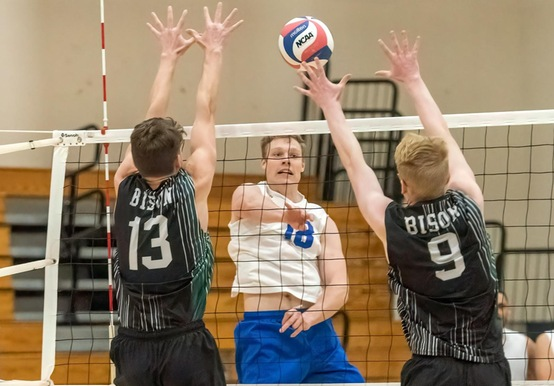 MEN'S VOLLEYBALL SUFFERS 3-1 SETBACK AT NICHOLS