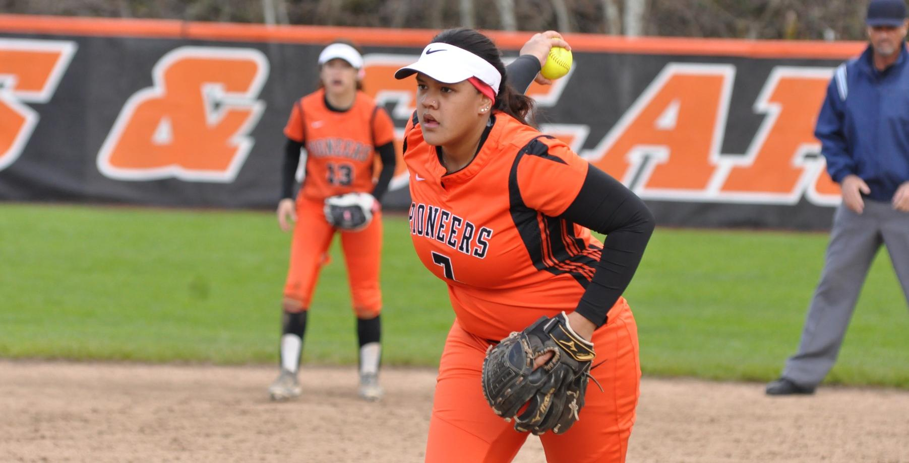 Pios sweep Pacific in doubleheader