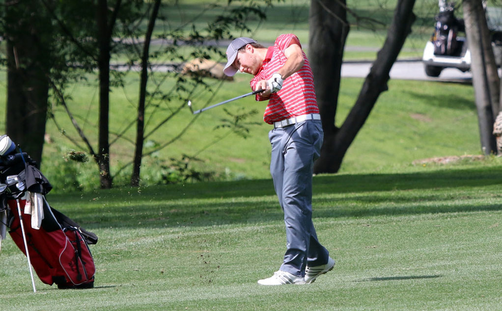 Men's golf wraps up fall season with win over Whittier