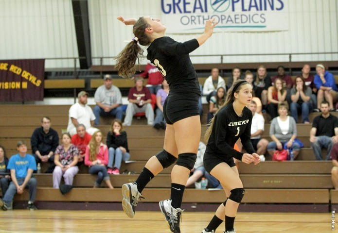 Benedictine Sweeps Eureka in Three Sets