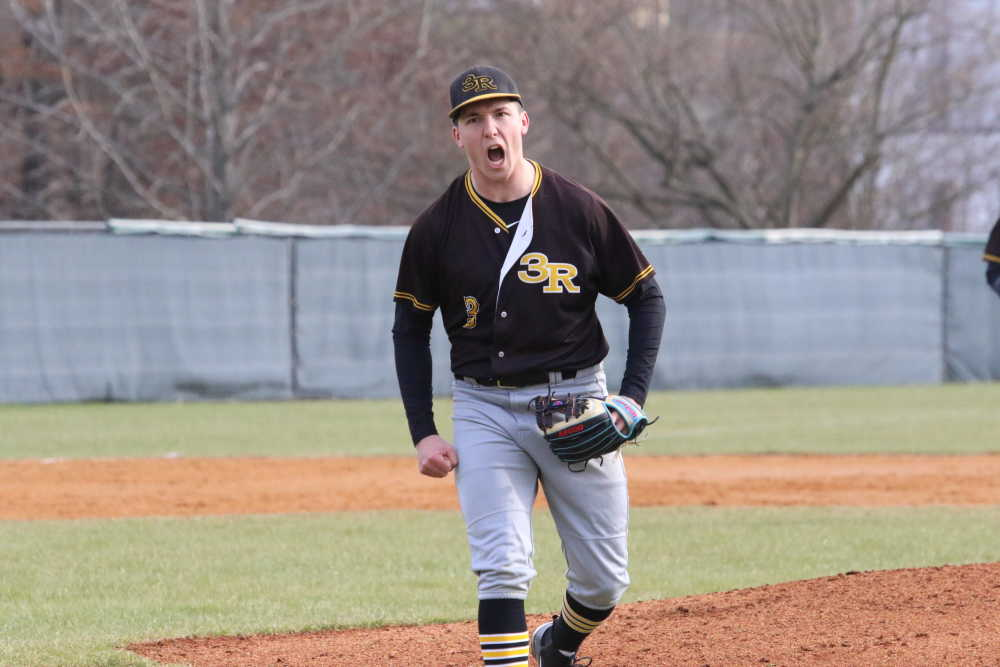 Three Rivers baseball turns game-ending triple play in win