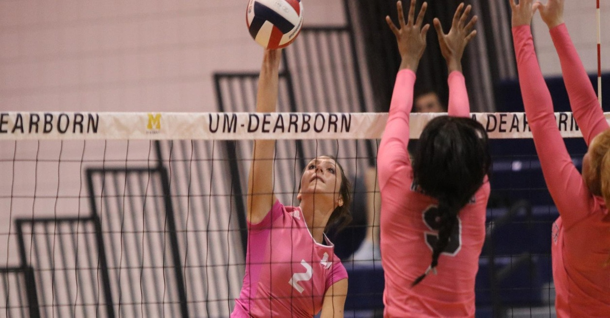 Volleyball drops match in three to Warriors