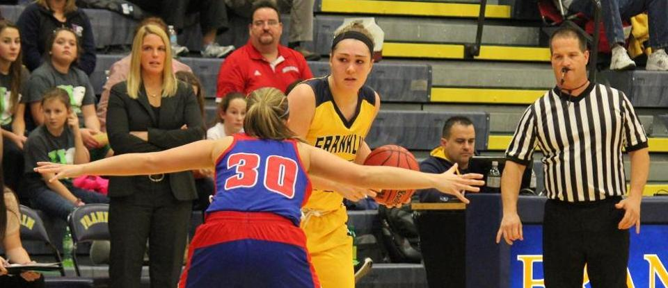 Women's Basketball Scores 98 Points in Road Win over Earlham