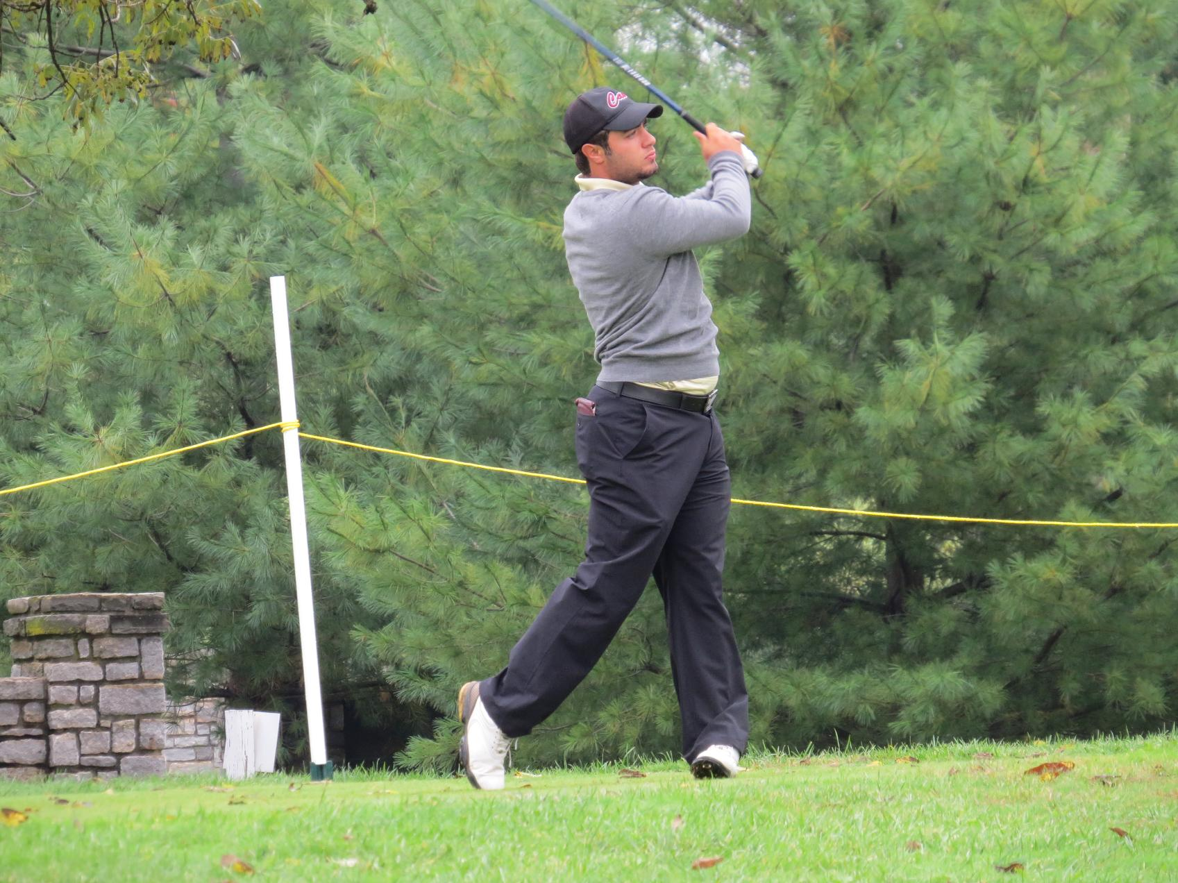 Men's Golf Third at Battle at the Beach Event
