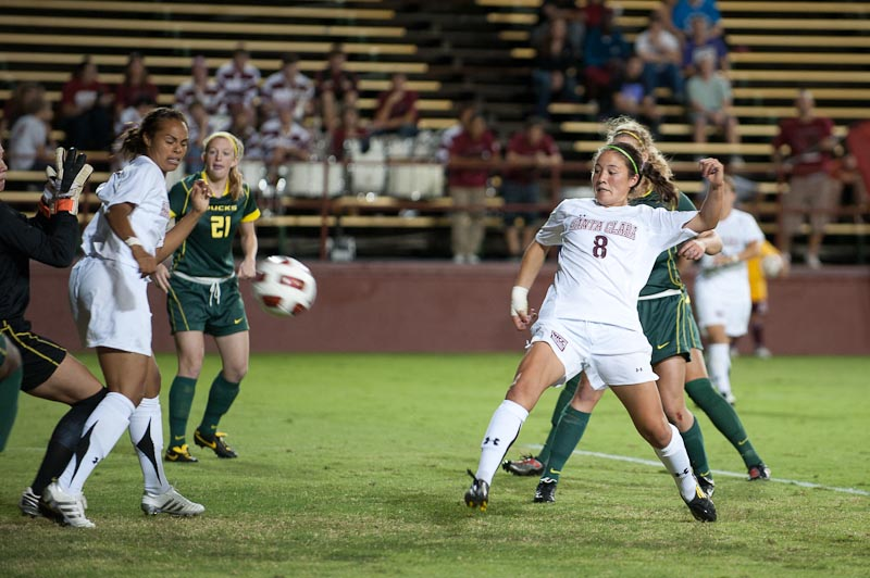 Margueritte Aozasa's second goal against Oregon (Photo by widgic.com)