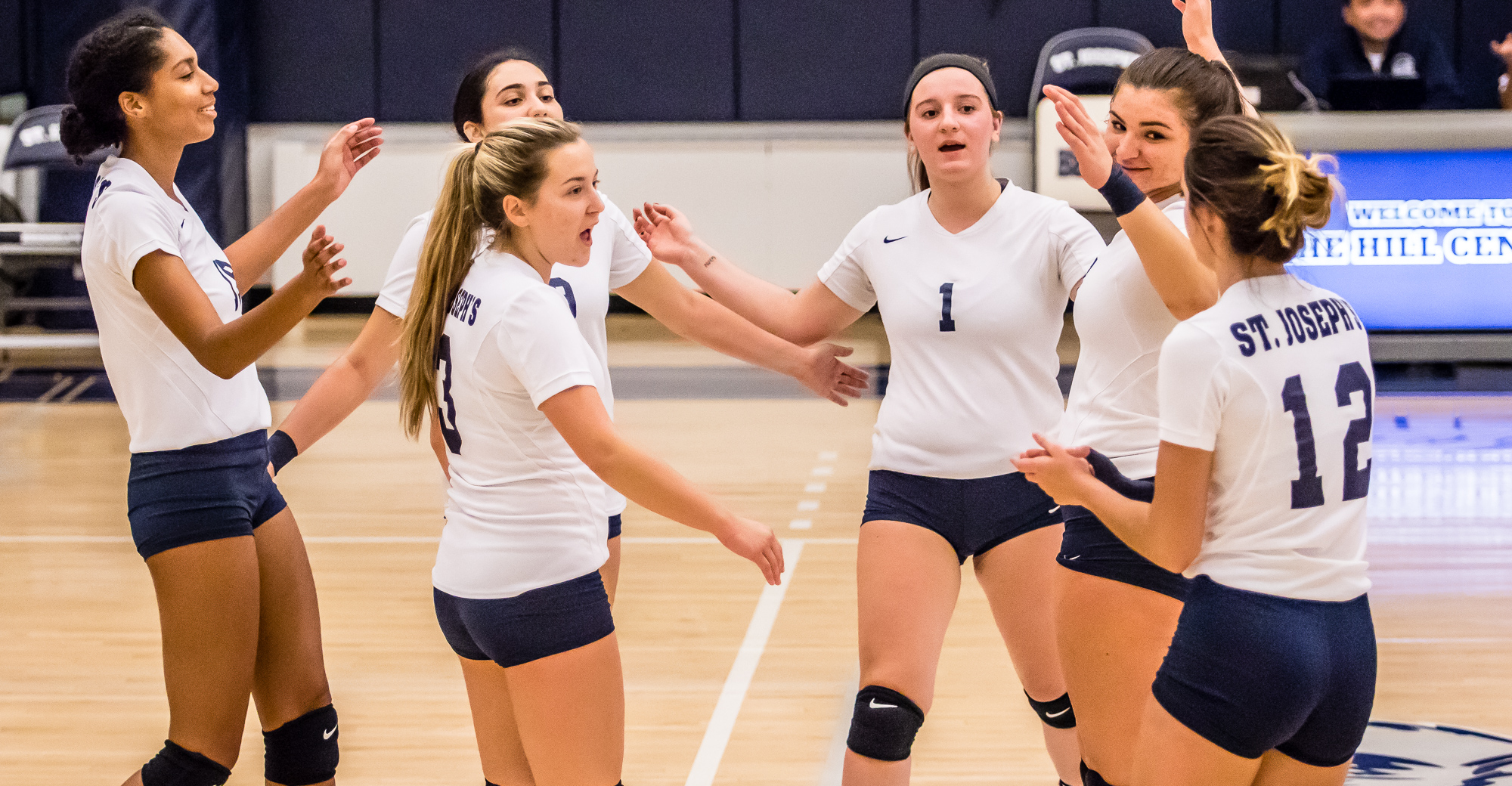 DiCioccio, Women's Volleyball Top Yeshiva in Four to Split Season Finale