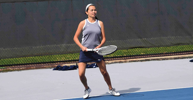 Women's Tennis Falls in Hard-Fought Match at Elizabethtown in Landmark Conference Action