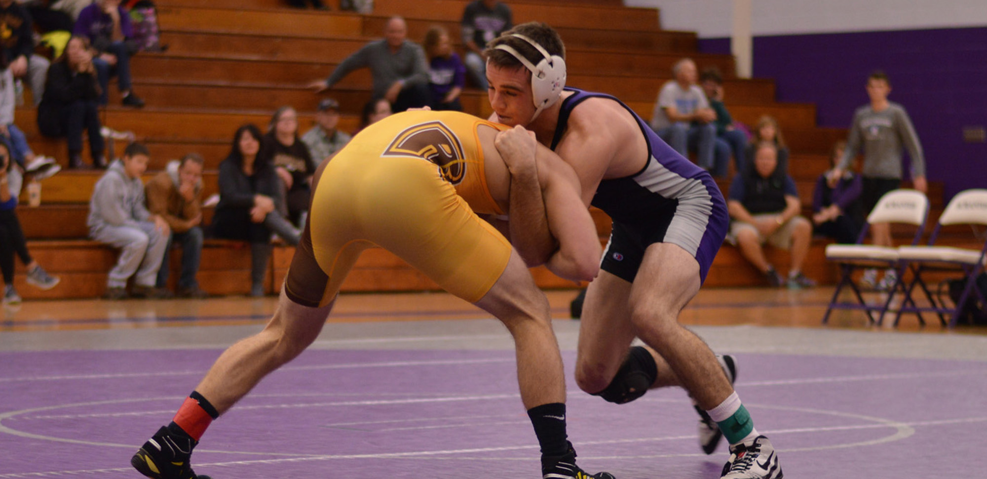 Evans Reaches Semifinals To Lead Wrestling At NCAA Mideast Regional