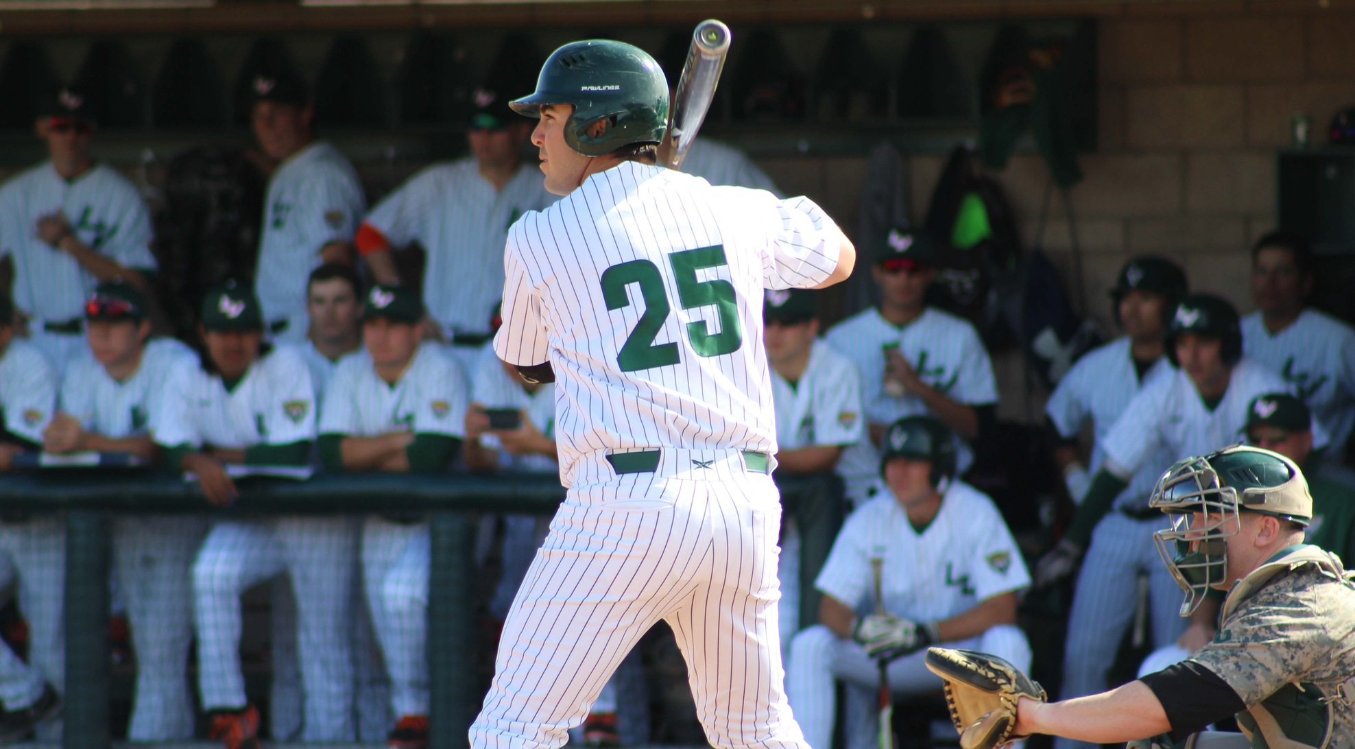 Baseball overcomes five-run deficit to beat Stags