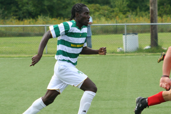 WILMINGTON'S TARPEH SIGNS CONTRACT WITH PUERTO RICO ISLANDERS OF USSF