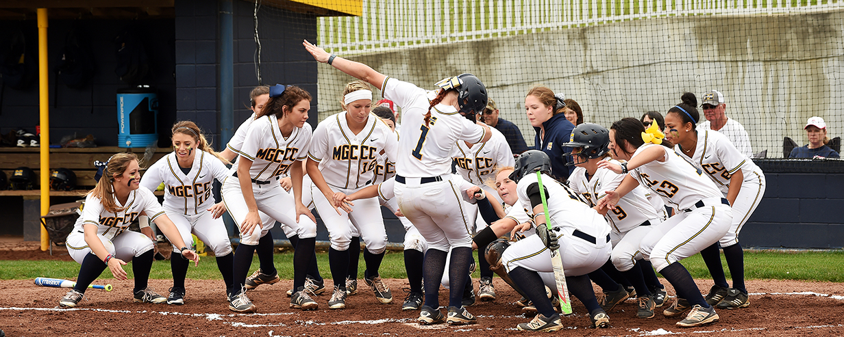 MGCCC offers clinic and camp for softball coaches, players