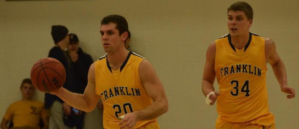 Hot-Shooting Men's Basketball Defeats Bluffton on Alumni Day