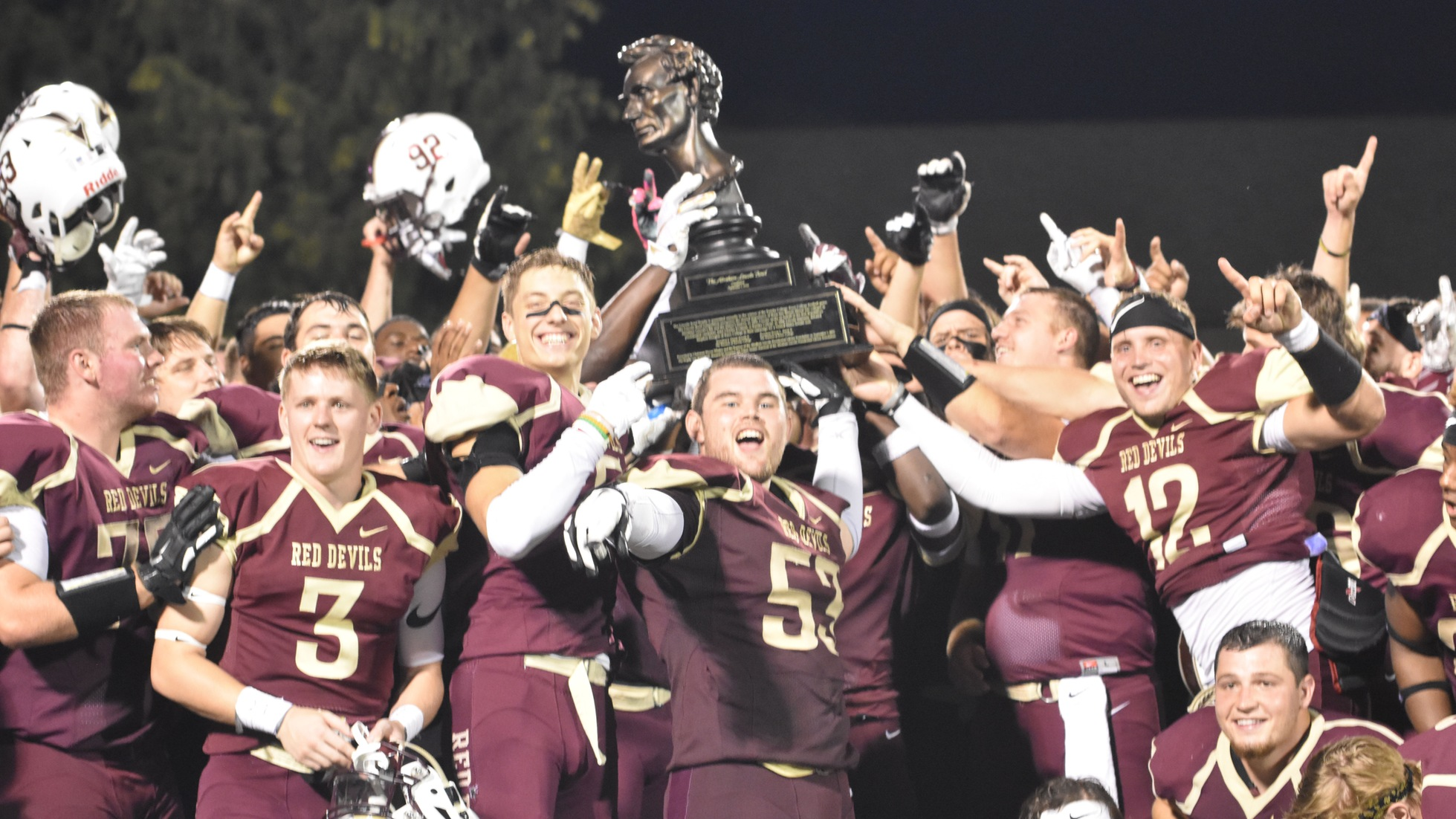 Red Devils Take Down Knox, Seize Lincoln Bowl, 42-28