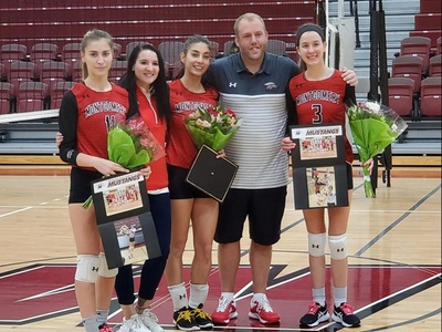 Volleyball Celebrates Sophomore Day At Tri-Match