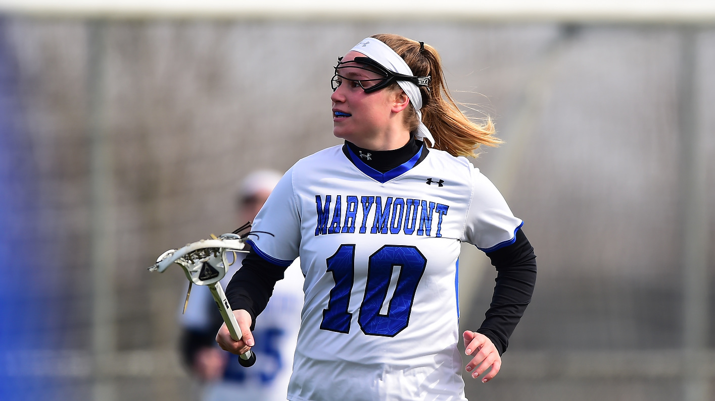 Crew nets 200th-career point as Saints down Quakers, 11-7