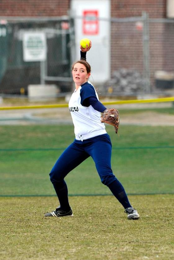 Michalski, Nice Collect Hits As Softball Closes Out 2014 Season With MASCAC Twinbill Setback At Framingham State