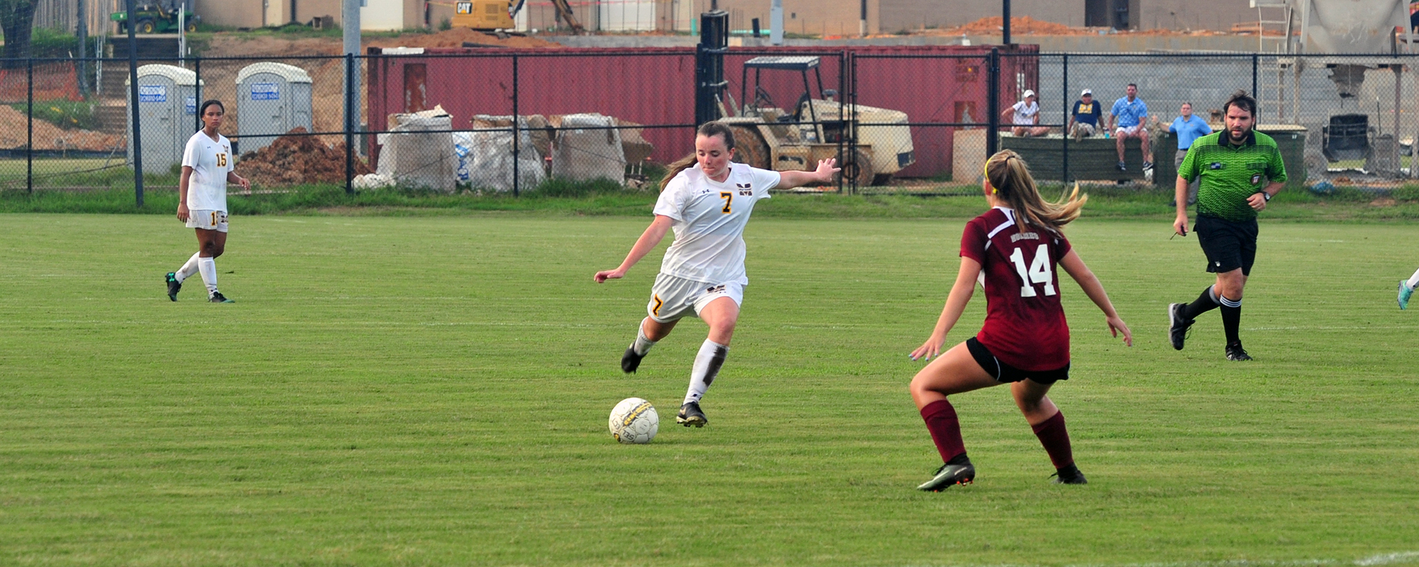 Lady Bulldogs drop opener