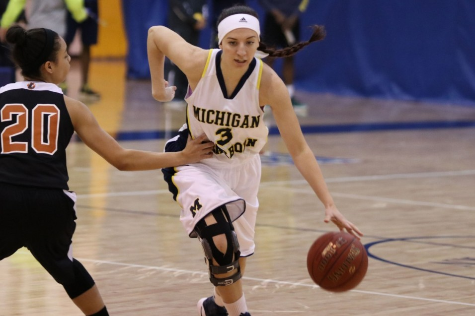 Photo for Saints pull away from Wolverine women in 4th