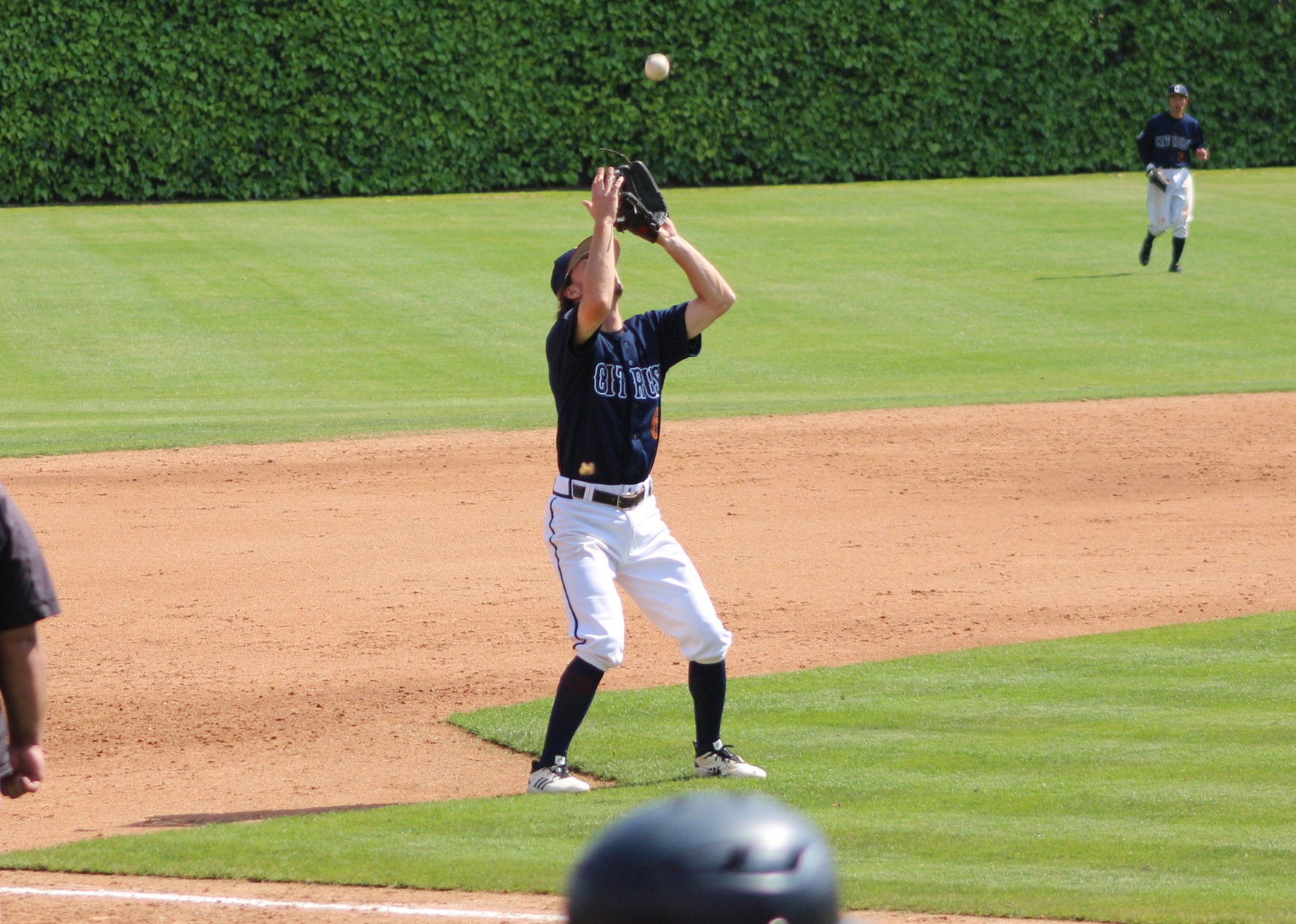 Ethan Cummins catches a pop fly at 3rd base. Image: Richard Miranda, II