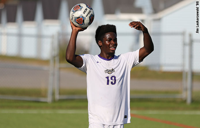 Men's Soccer Falls to Visiting Saint Anselm in NE10 Contest